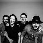 View artist Lukas Graham