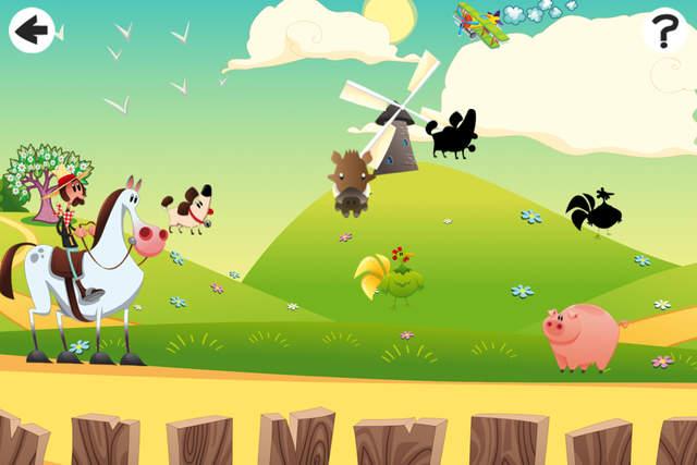 小的孩子有开心农场动物
