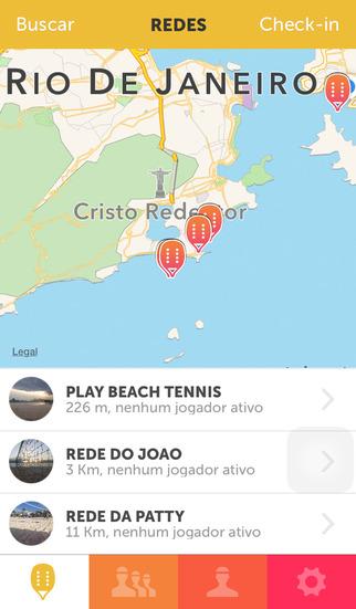 Play Beach Tennis