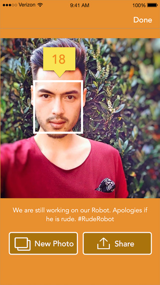 How Old Lite - Upload any photo or selfie to ask how old I look with our howoldrobot robot to guess