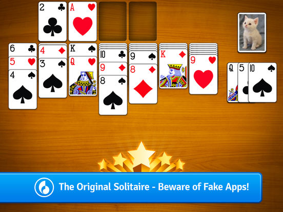 Screenshots of Solitaire for iPad