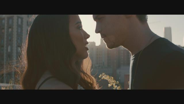 Alex & Sierra – Scarecrow – Music Video [iTunes Plus AAC M4V] (2014)