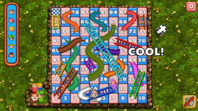 Snakes and Ladders ® screenshot 2